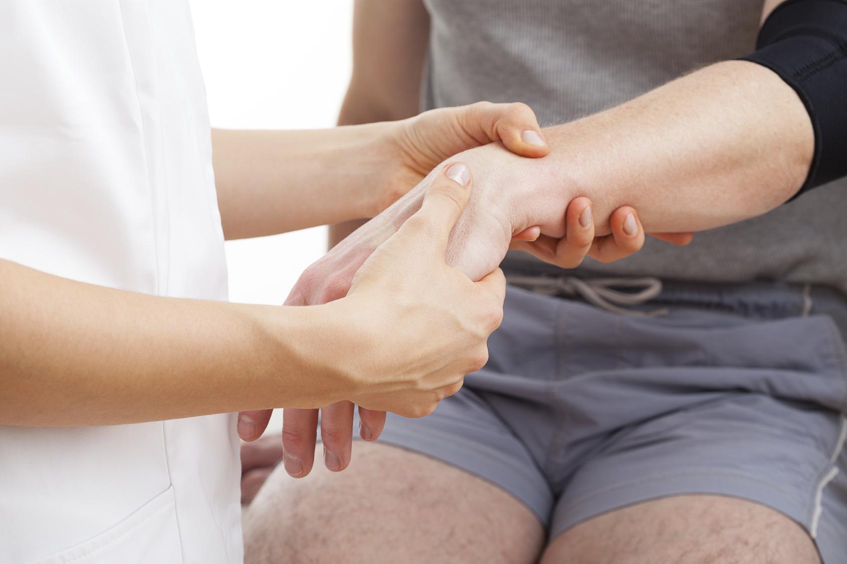 массаж лучевой кости