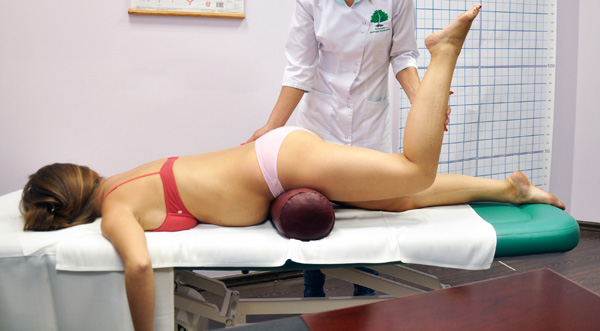 перелом крестца лечение при помощт валика