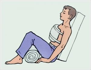 Фиксирование пациента в полулежачем состоянии