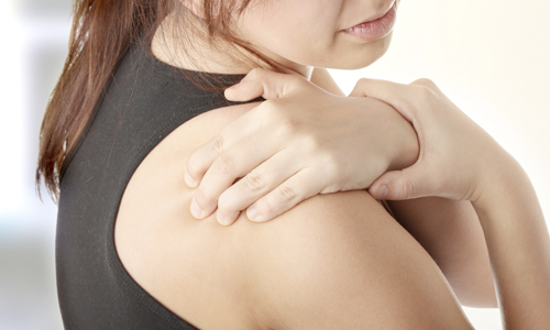 симптомы перелома большого бугорка плечевой кости