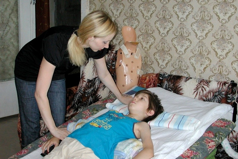 компрессионный перелом позвоночника у детей первая помощь