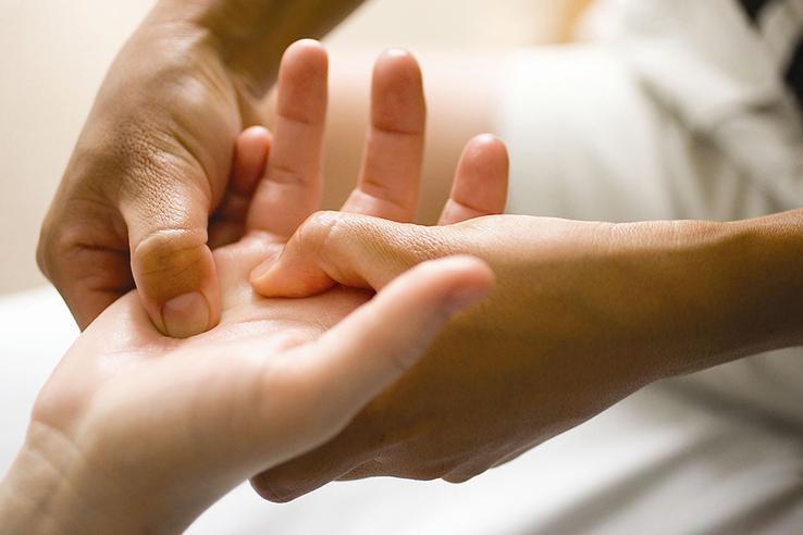 массаж рукимассаж руки