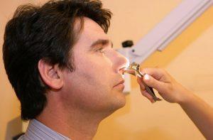 риноскопия носа у ребенка