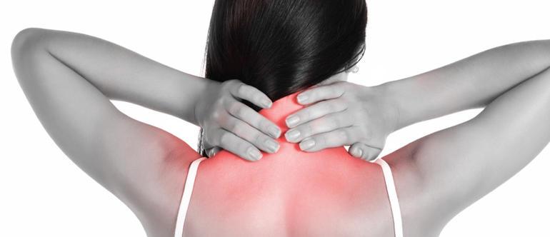 растяжение шейных мышц
